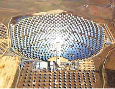 但塔式太阳能热发电系统一次性投人大